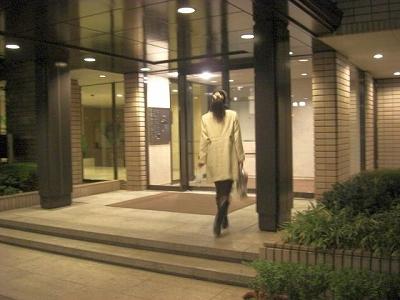 広尾ガーデンヒルズの実家に集まる☆ ヘアメイクプロ愛用☆秘密コスメ★コスメ目利きのあなたが知るべき化粧品の真実★日本には 広告宣伝を全くせず、品質の高さのみで高いご支持の Made in Japan コスメがあります。当店はそんな匠達と、コスメ目利きなあなたをつなぐ会員制サイトです フェロモン美肌組